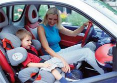 ГИБДД предлагает резко увеличить штраф за отсутствие детского кресла в машине